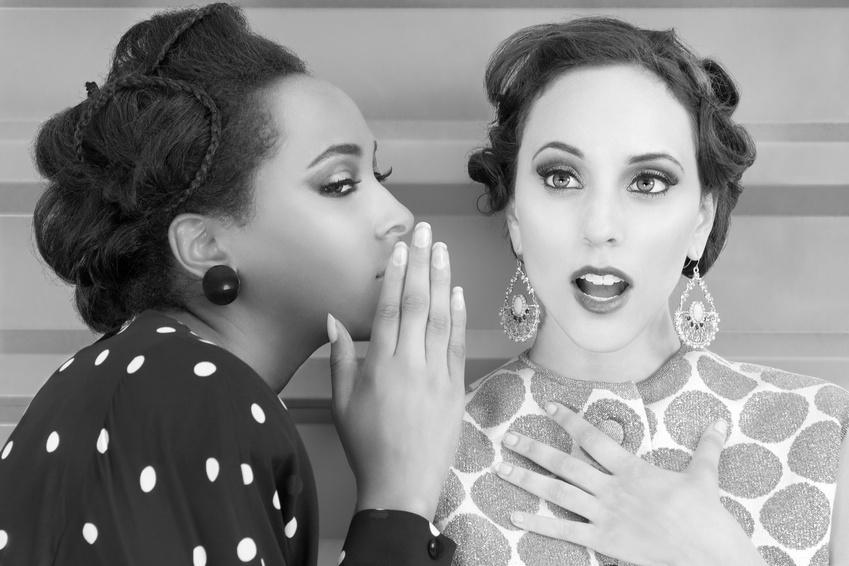 Vintage_women_secret_and_gossip